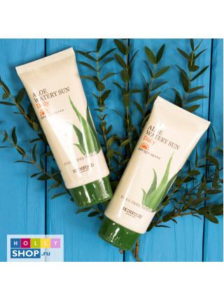 Ежедневный солнцезащитный крем с алоэ  Skinfood Aloe Watery Sun Daily SPF50+ PA+++